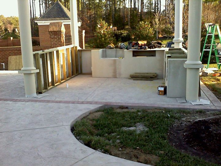 29 Outdoor kitchen progress pics